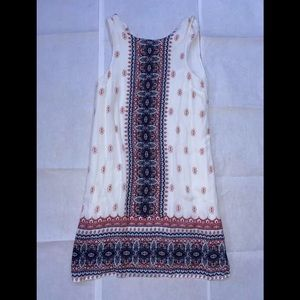 AEROPOSTALE long white dress with pretty designs